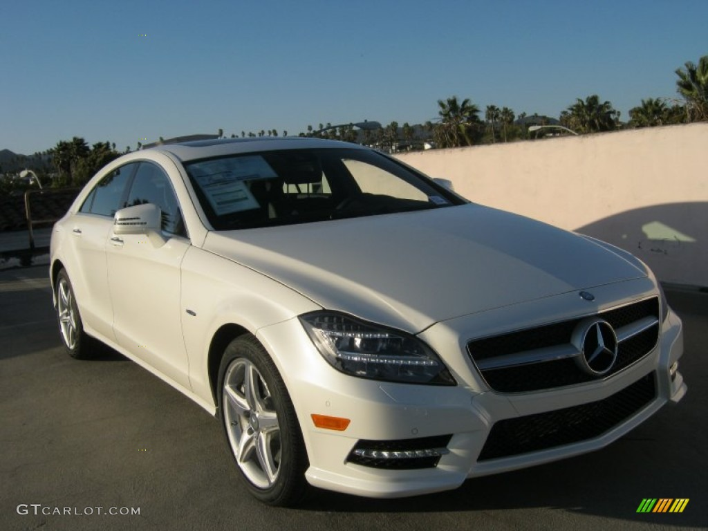 Diamond white metallic 2012 mercedes benz cls 550 coupe for 2012 mercedes benz cls 550