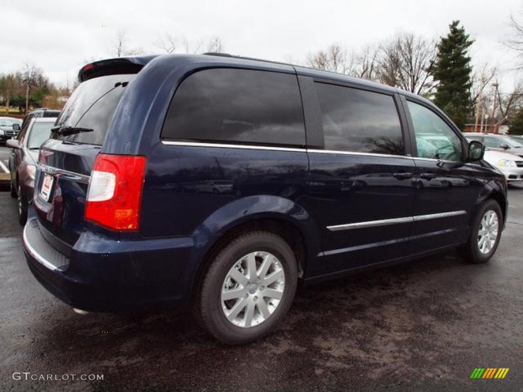 true blue pearl 2012 chrysler town country touring. Black Bedroom Furniture Sets. Home Design Ideas