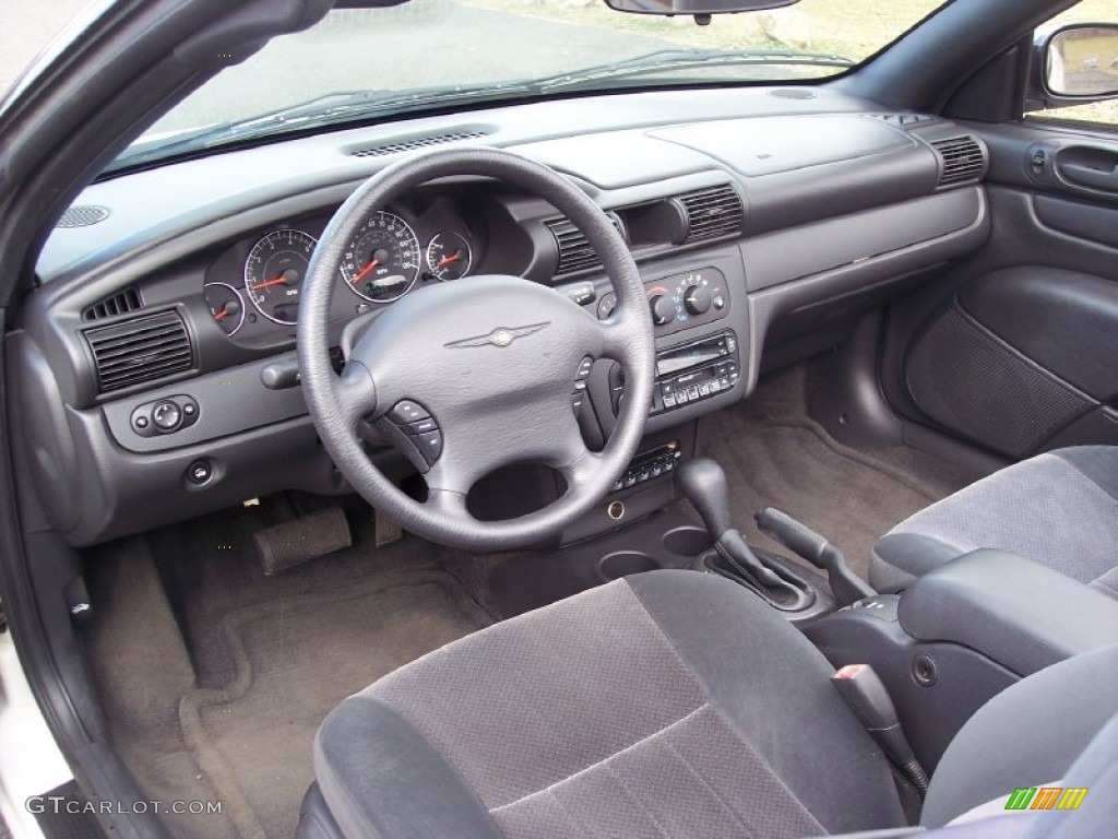 Dark slate gray interior 2004 chrysler sebring lx for Dark grey interior