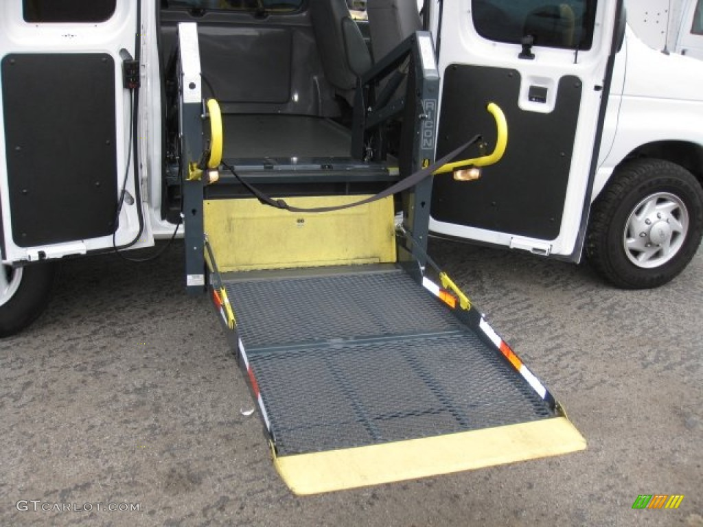 Van Wheelchair Lift Parts : Ford e series van super duty wheechair access