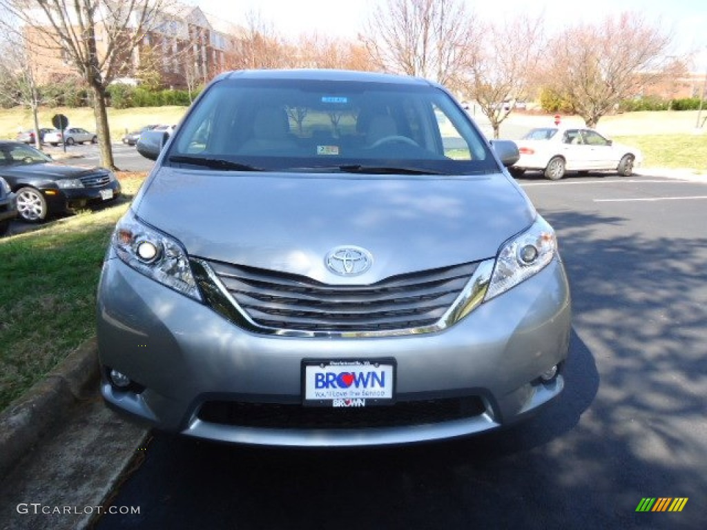 2012 Sienna XLE - Silver Sky Metallic / Light Gray photo #2