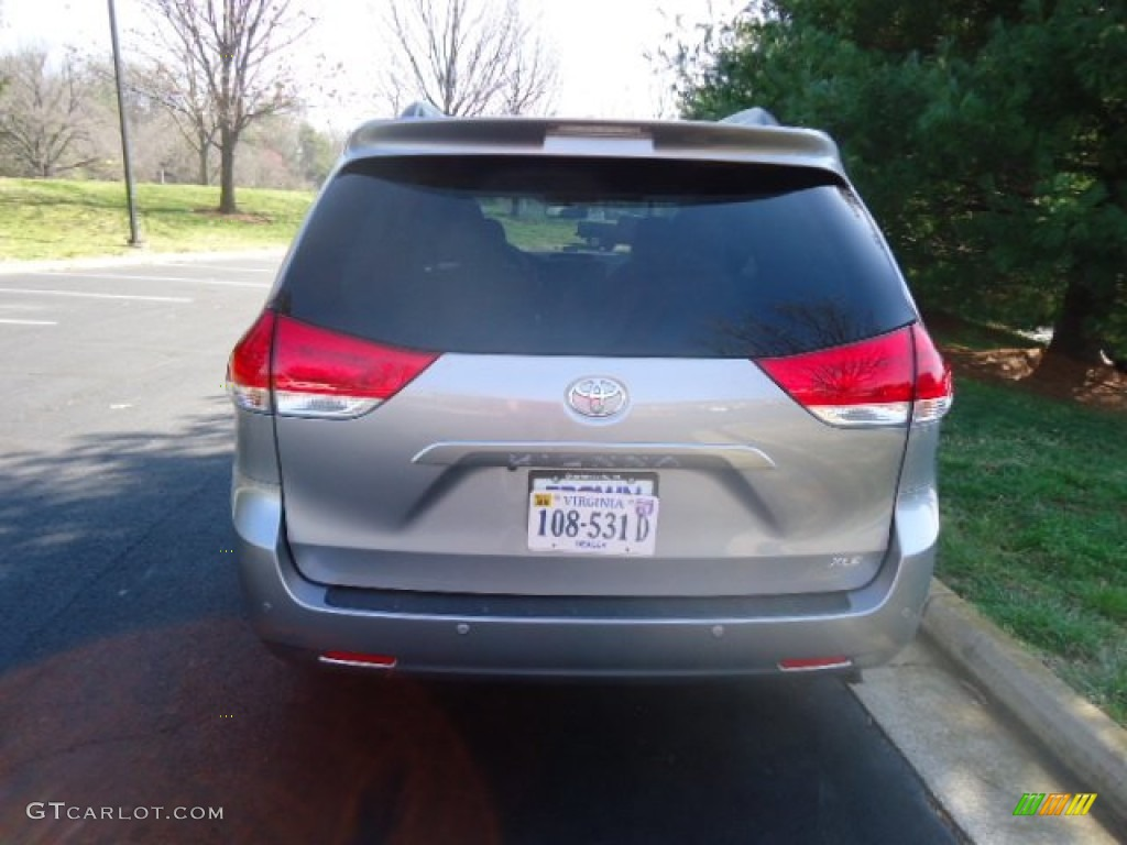 2012 Sienna XLE - Silver Sky Metallic / Light Gray photo #6