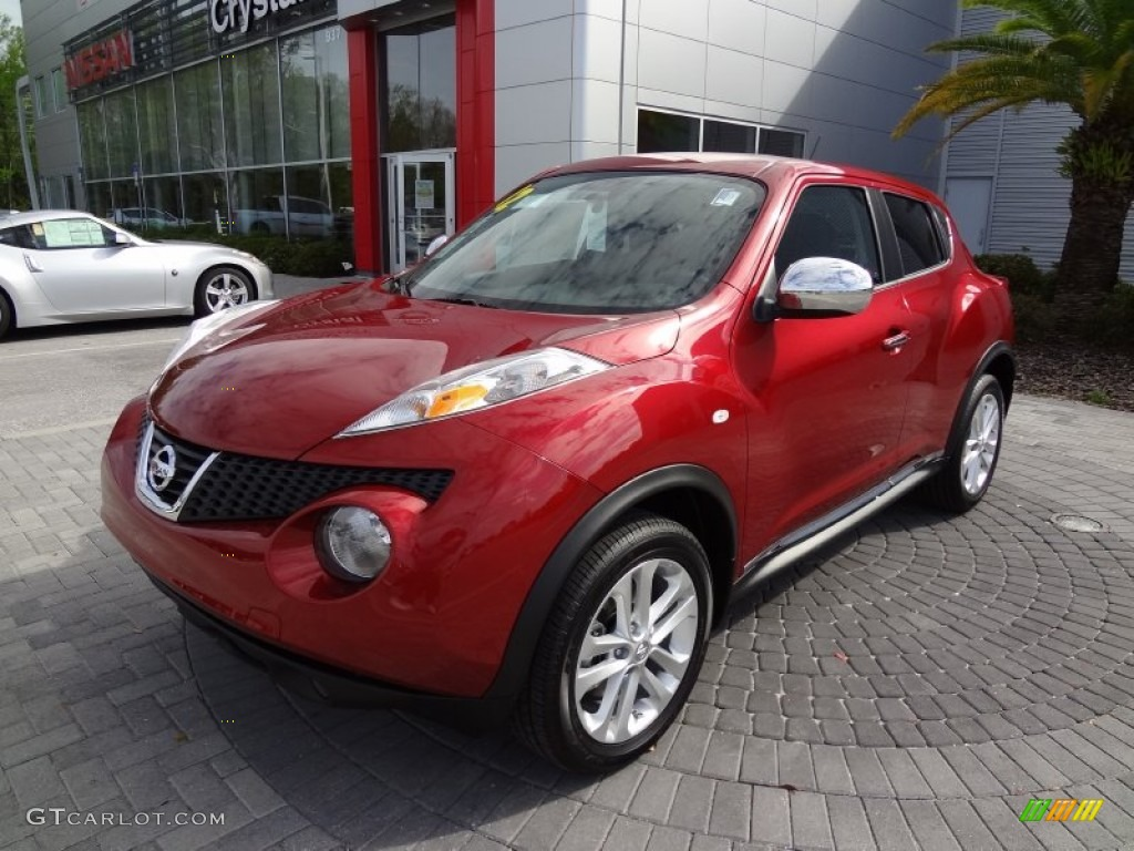 Cayenne Red 2012 Nissan Juke Sl Exterior Photo 62309561
