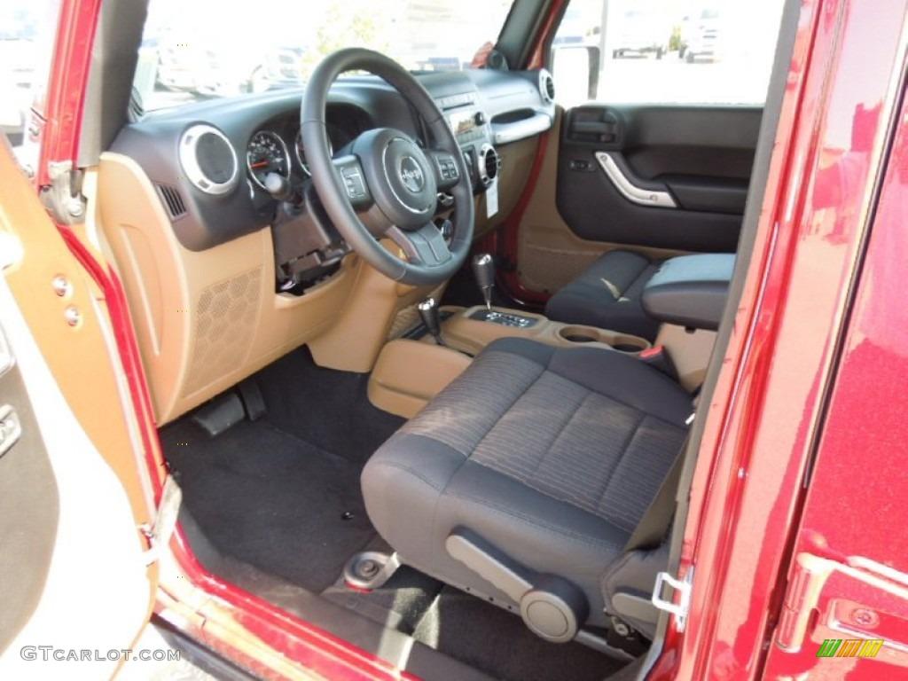 Black Dark Saddle Interior 2012 Jeep Wrangler Unlimited Sahara 4x4 Photo 62368098