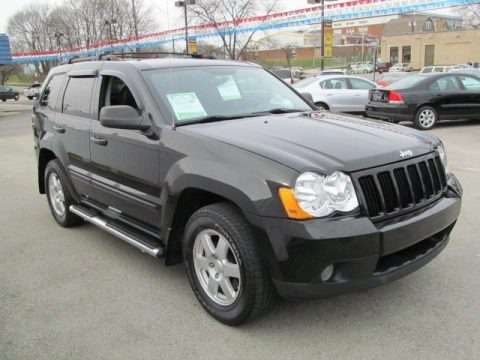 2009 jeep grand cherokee laredo 4x4 x package data info and specs. Black Bedroom Furniture Sets. Home Design Ideas