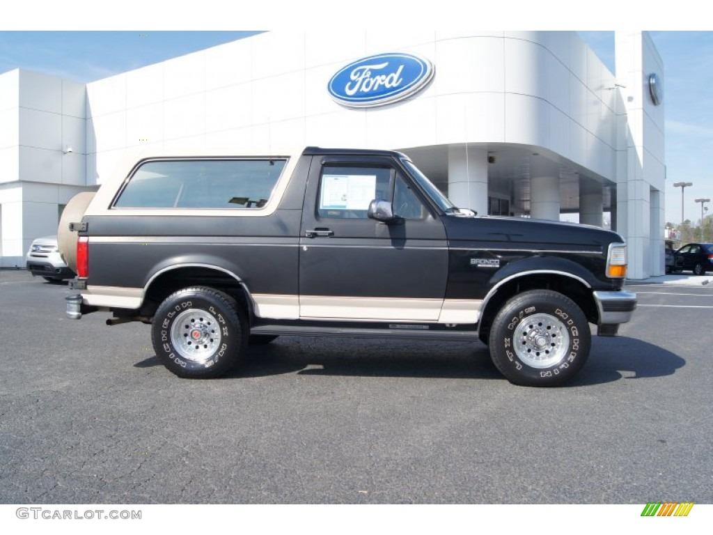 Black ford bronco