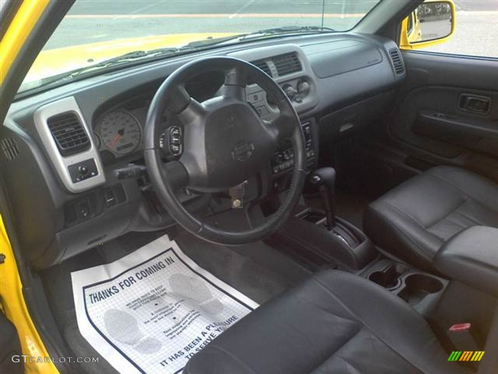 Black Interior 2001 Nissan Frontier Se V6 Crew Cab Photo 62457967