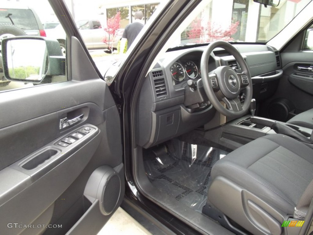 2012 jeep liberty sport interior photo 62511949. Black Bedroom Furniture Sets. Home Design Ideas