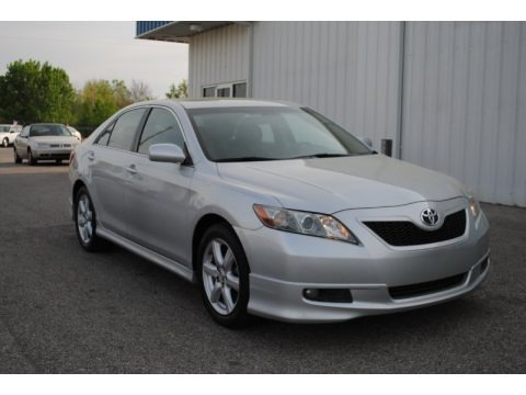 2007 toyota camry se v6 data info and specs. Black Bedroom Furniture Sets. Home Design Ideas