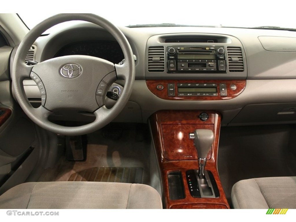 2005 toyota camry xle gray dashboard photo 62520733. Black Bedroom Furniture Sets. Home Design Ideas