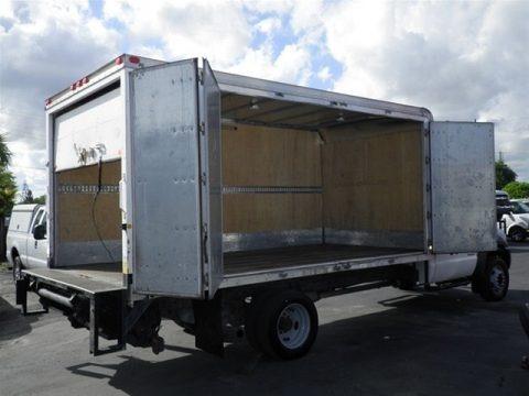 2007 Ford F550 Super Duty XL Regular Cab Cargo Truck Data, Info and Specs