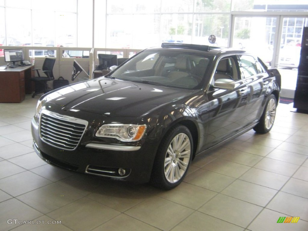 2012 Luxury Brown Pearl Chrysler 300 Limited #62530582 ...