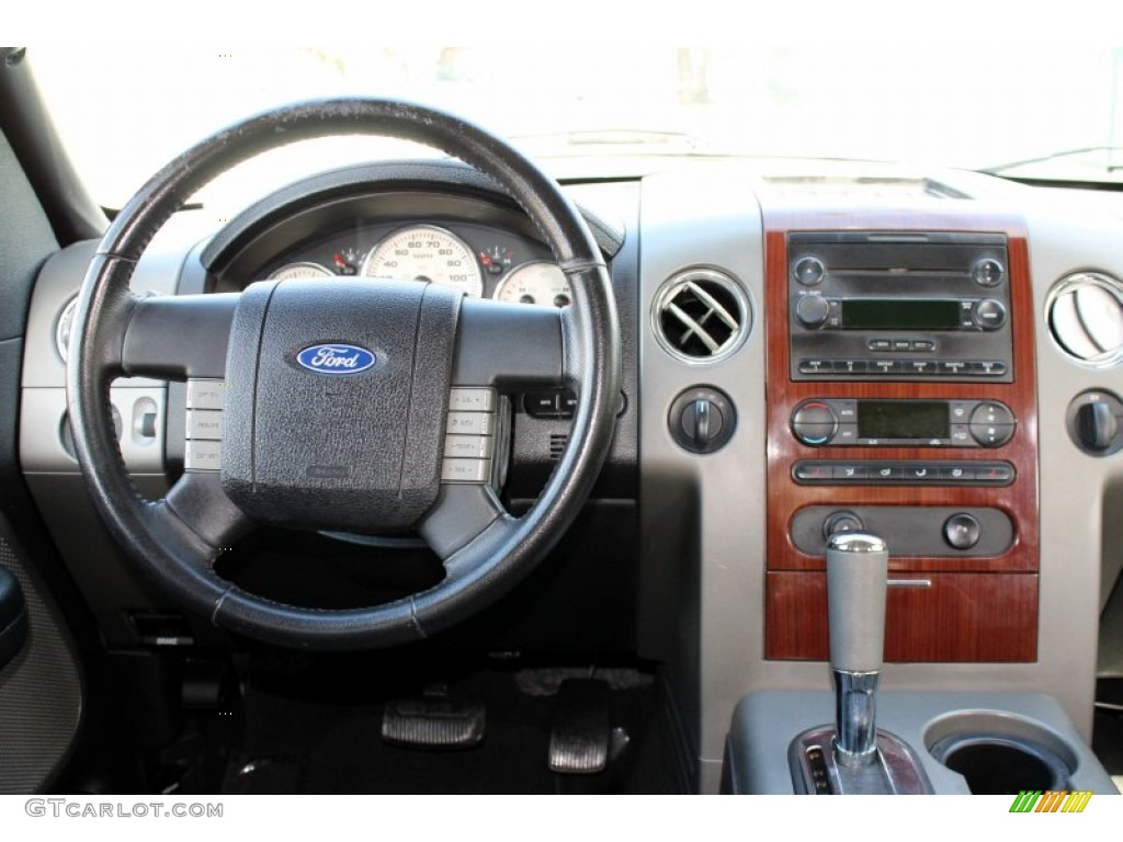 2005 Ford F150 Lariat Supercrew 4x4 Black Dashboard Photo