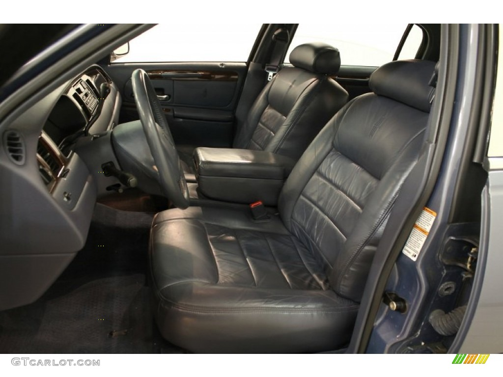 Deep Slate Blue Interior 2000 Lincoln Town Car Executive