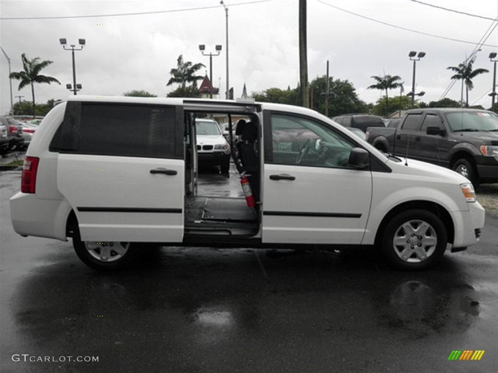 Stone White 2009 Dodge Grand Caravan Cargo Van Exterior Photo