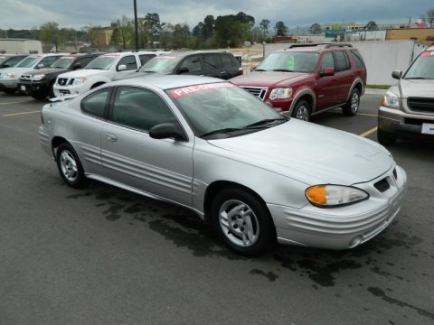 2002 pontiac grand am se coupe data info and specs. Black Bedroom Furniture Sets. Home Design Ideas