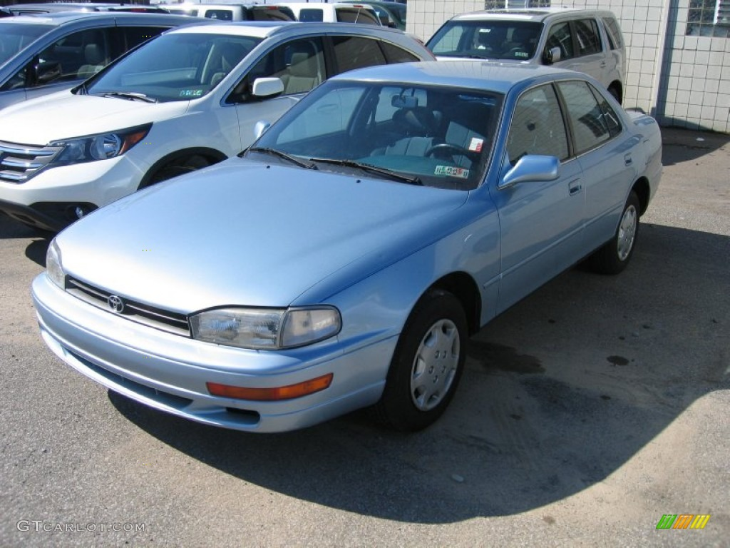 1992 ice blue pearl toyota camry le sedan 62595889 photo 2 car color galleries. Black Bedroom Furniture Sets. Home Design Ideas