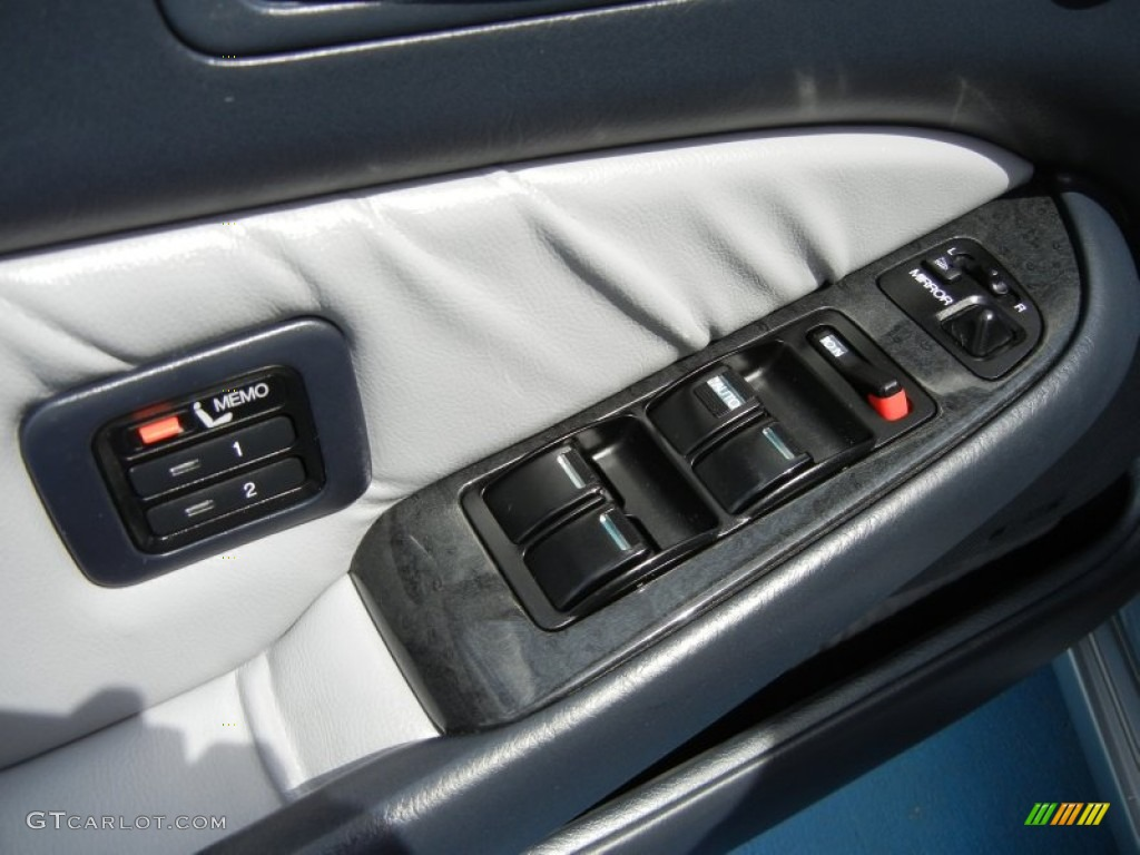 2004 acura rl 3 5 controls photo 62660412. Black Bedroom Furniture Sets. Home Design Ideas
