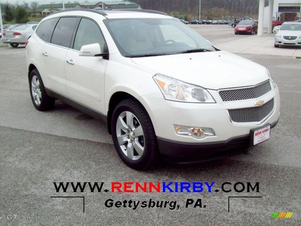 2014 Chevrolet Traverse Lt Awd In White Diamond Tricoat Click To See