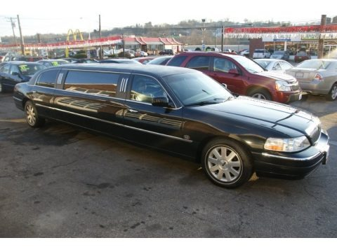 2003 lincoln town car limousine data info and specs. Black Bedroom Furniture Sets. Home Design Ideas