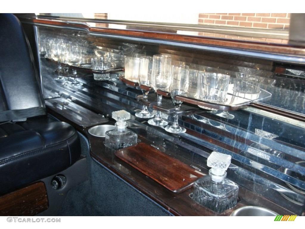 2003 lincoln town car limousine interior color photos. Black Bedroom Furniture Sets. Home Design Ideas