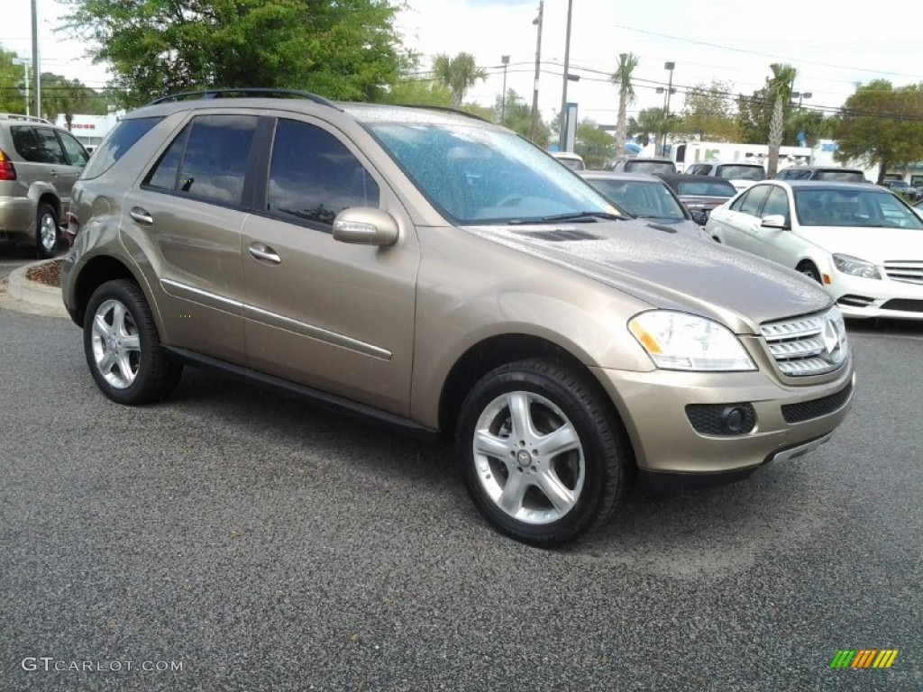 Sand beige metallic 2008 mercedes benz ml 350 4matic for Mercedes benz ml 350 2008