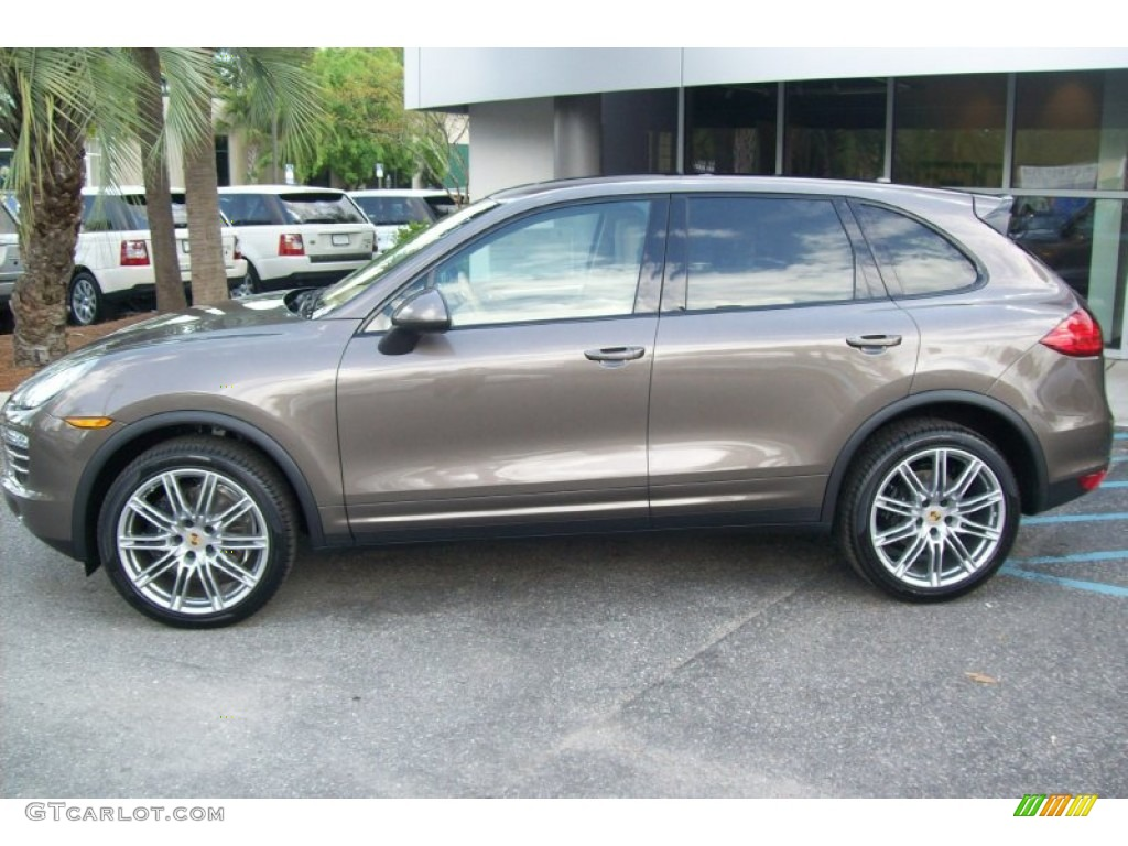 porsche cayenne engine specs with Exterior 62791770 on Porsche Cayenne Gts 957 2008 together with Honda Civic Type R 2015 Civic Type R Honda Civic 2015 Type Of Gasoline also 2015 Holden Ute Ss V Sandman Week With Review besides Interior 20Color 55272434 further First Ever Peter Brock Holden  modore Up For Sale 34761.
