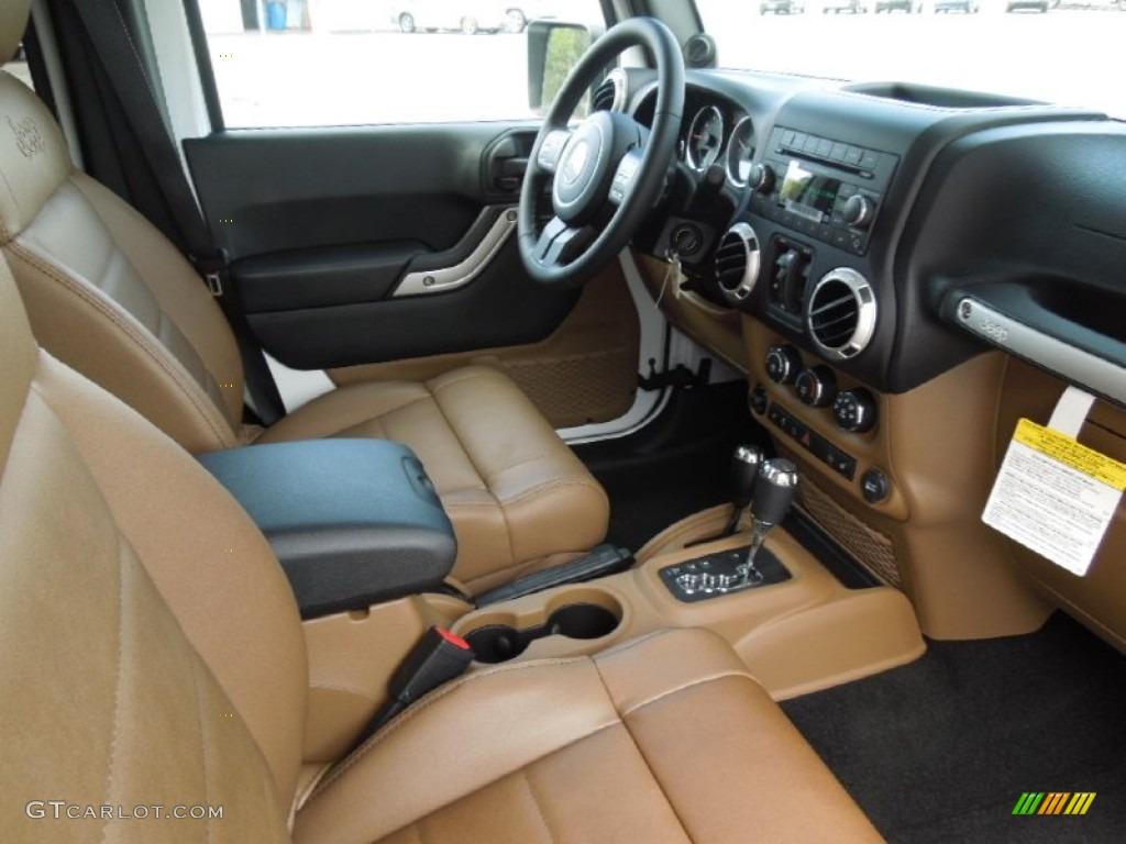 Jeep Wrangler Dark Saddle Interior