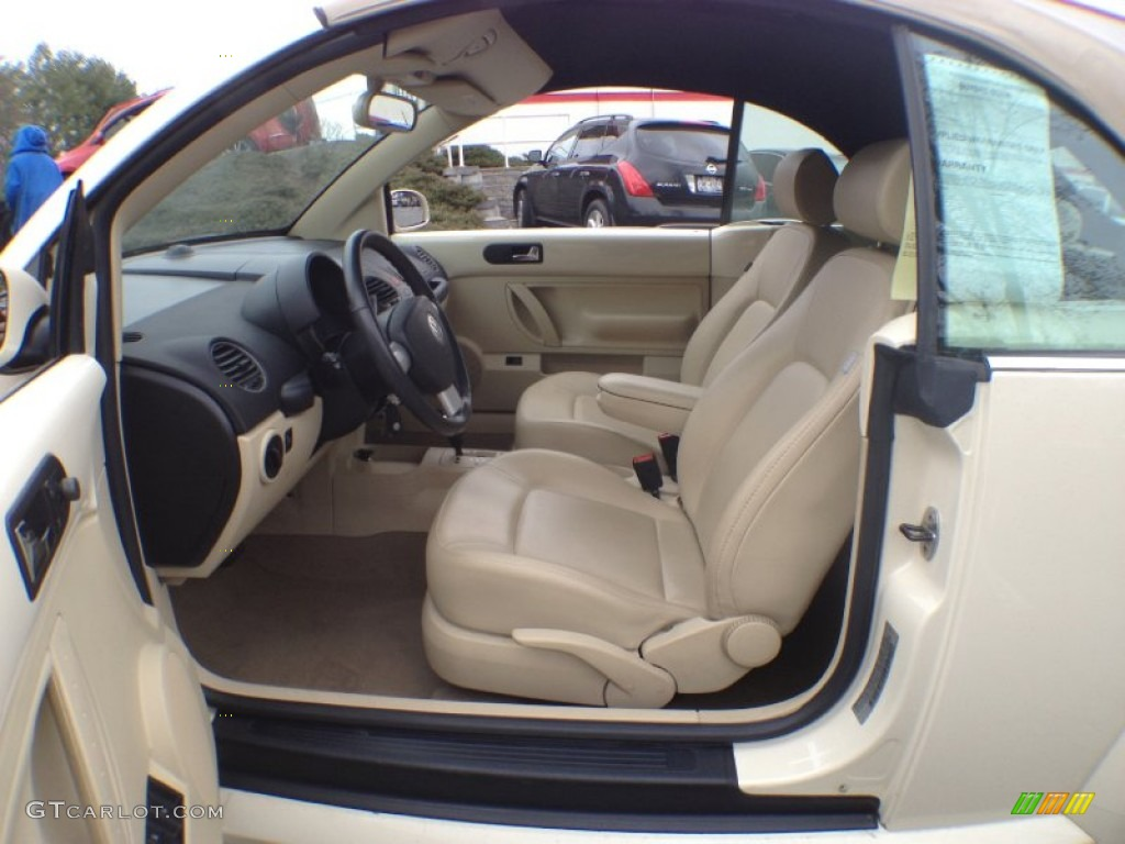 Cream Interior 2009 Volkswagen New Beetle 2 5 Convertible Photo 62843002
