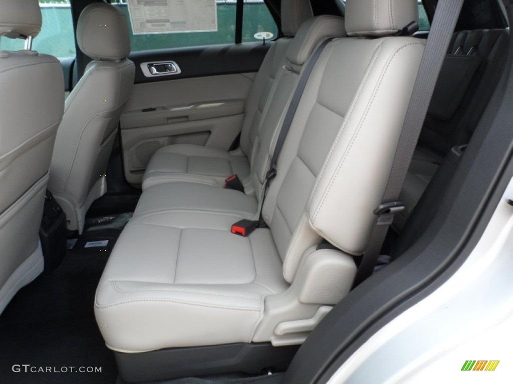 Medium Light Stone Interior 2013 Ford Explorer Limited