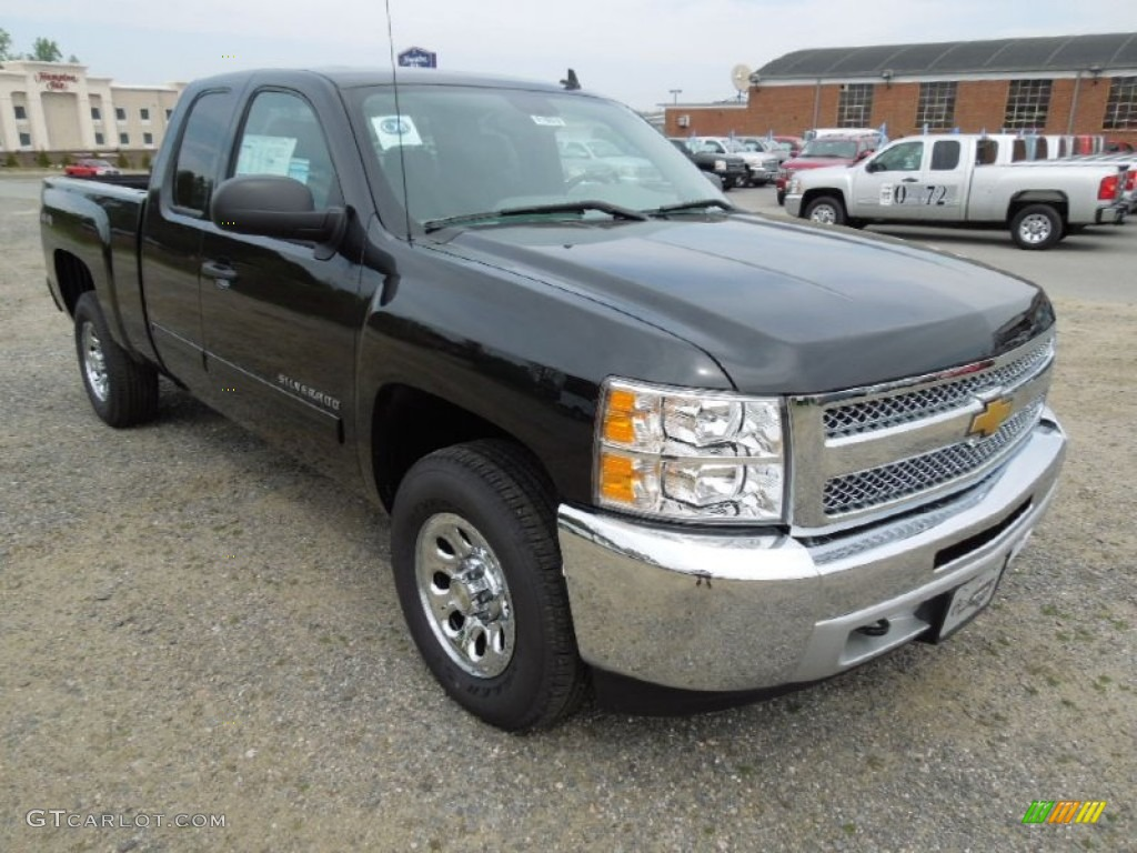 2012 Silverado 1500 LS Extended Cab 4x4 - Black Granite Metallic / Dark Titanium photo #1