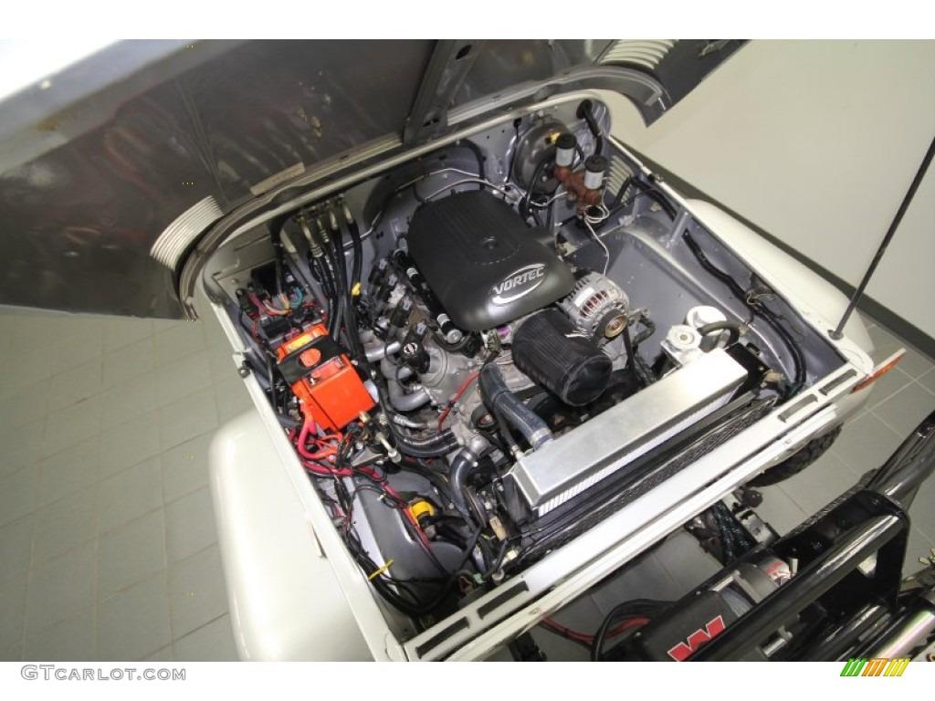 1974 Toyota Land Cruiser Fj40 Gmc Vortec V8 Engine Photo