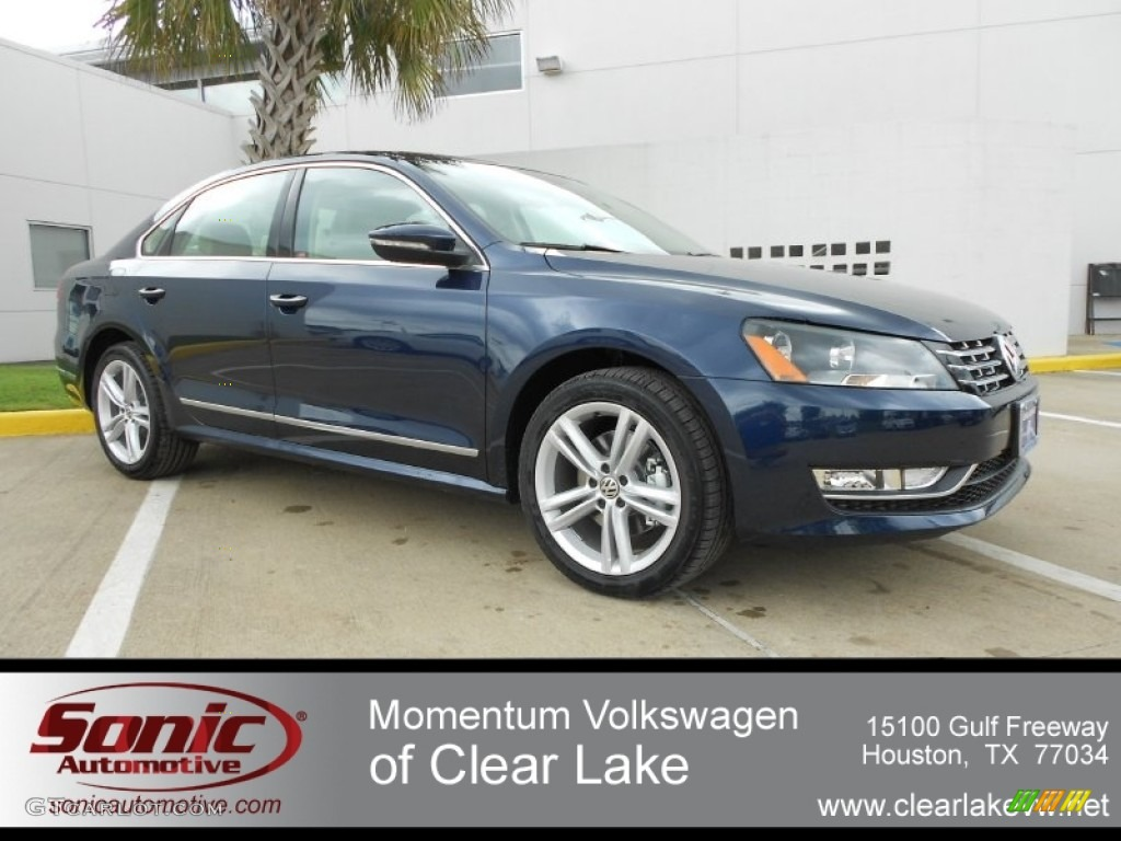 2012 night blue metallic volkswagen passat tdi sel. Black Bedroom Furniture Sets. Home Design Ideas