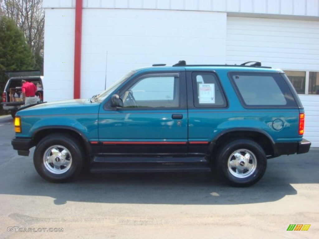 Ford Explorer Limited Review likewise 1972 00051 01 besides 1978 00043 01 furthermore 51079841 additionally RIP 160 GOP 160 1854 2009 160 160 With Lots Of Goodies. on dark green ford explorer