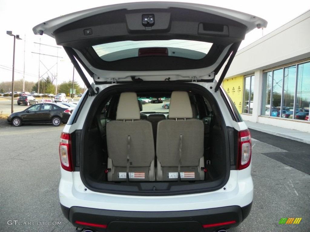 2013 ford explorer xlt 4wd trunk photo 63240402. Black Bedroom Furniture Sets. Home Design Ideas