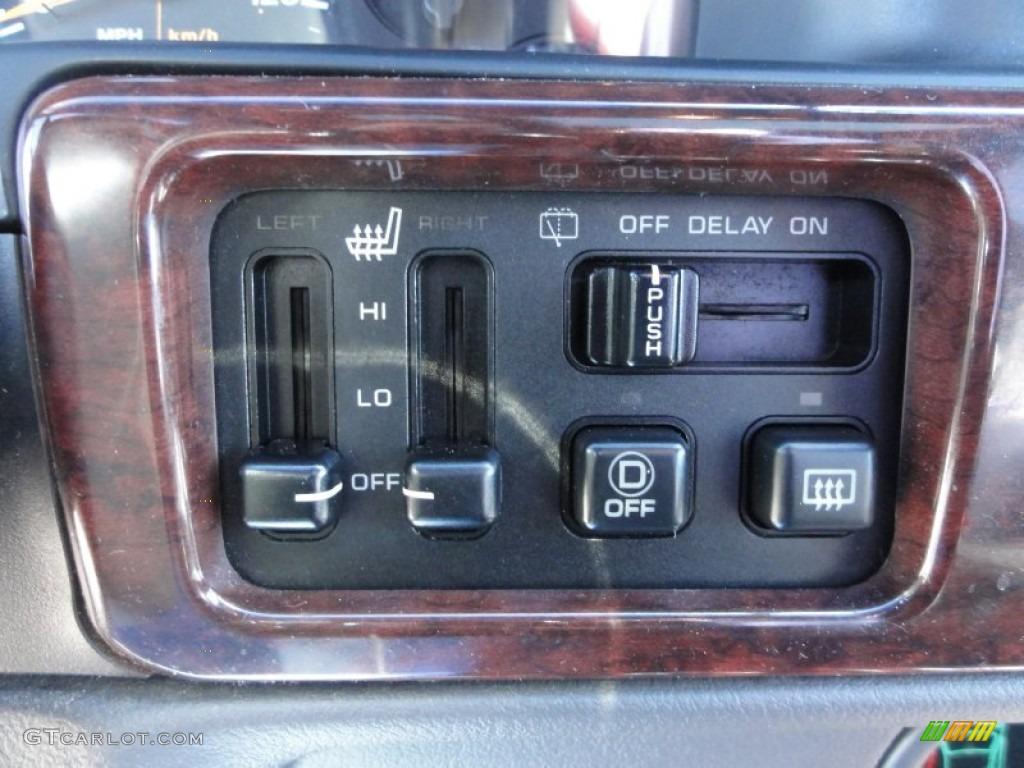 1998 Jeep Grand Cherokee 5.9 Limited 4x4 Controls Photo #63284133