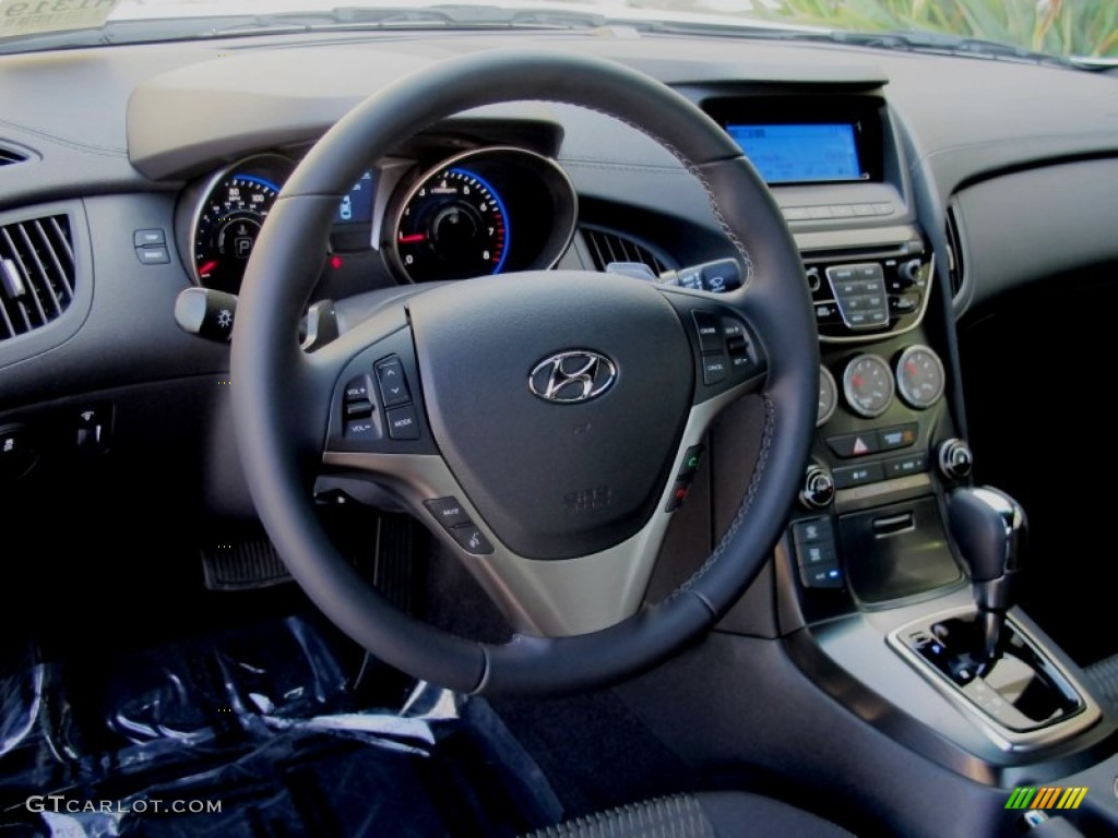 Black Cloth Interior 2013 Hyundai Genesis Coupe 2 0t Photo