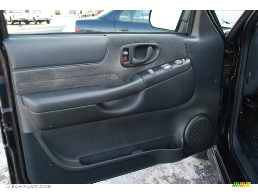 2002 Chevrolet Blazer Xtreme Door Panel Photos