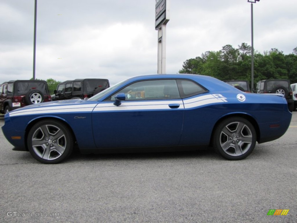 blue streak pearl 2012 dodge challenger r t classic. Black Bedroom Furniture Sets. Home Design Ideas