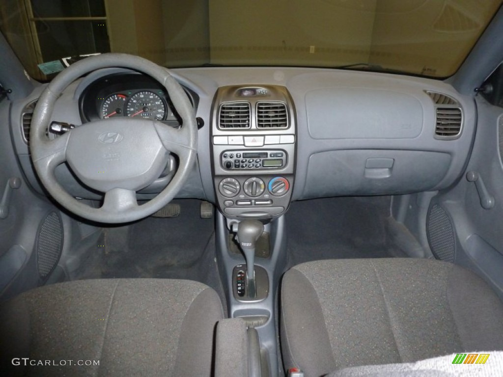 2001 Hyundai Accent Gl Sedan Dashboard Photos Gtcarlot Com