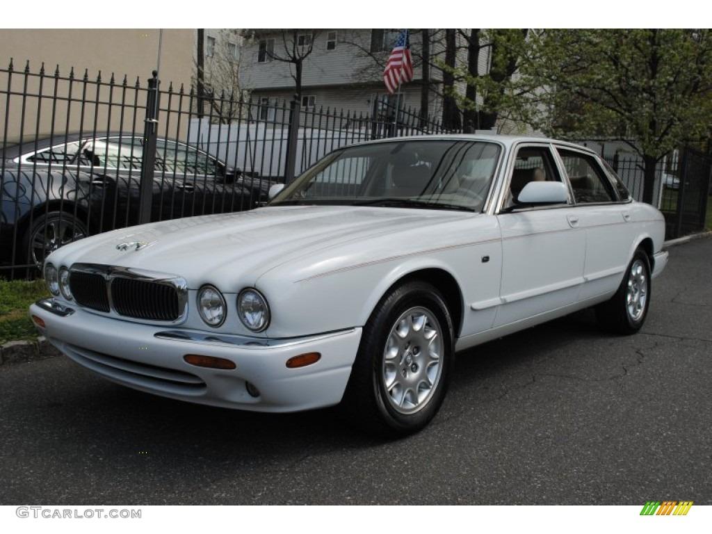 2000 spindrift white jaguar xj xj8 63595520 car color galleries. Black Bedroom Furniture Sets. Home Design Ideas