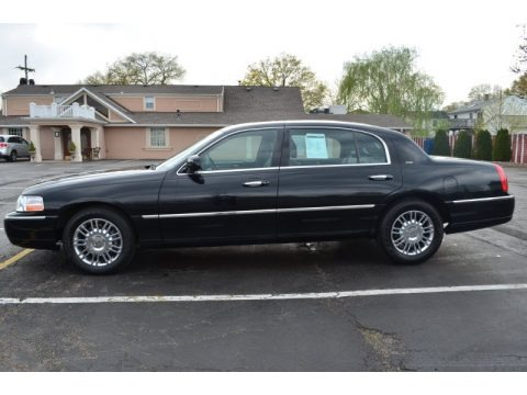 2008 Lincoln Town Car Executive L Data Info And Specs
