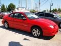 Bright Red 2002 Pontiac Sunfire SE Coupe