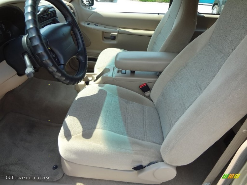 Medium prairie tan interior 2000 ford explorer sport photo 63717674 2000 ford explorer interior parts