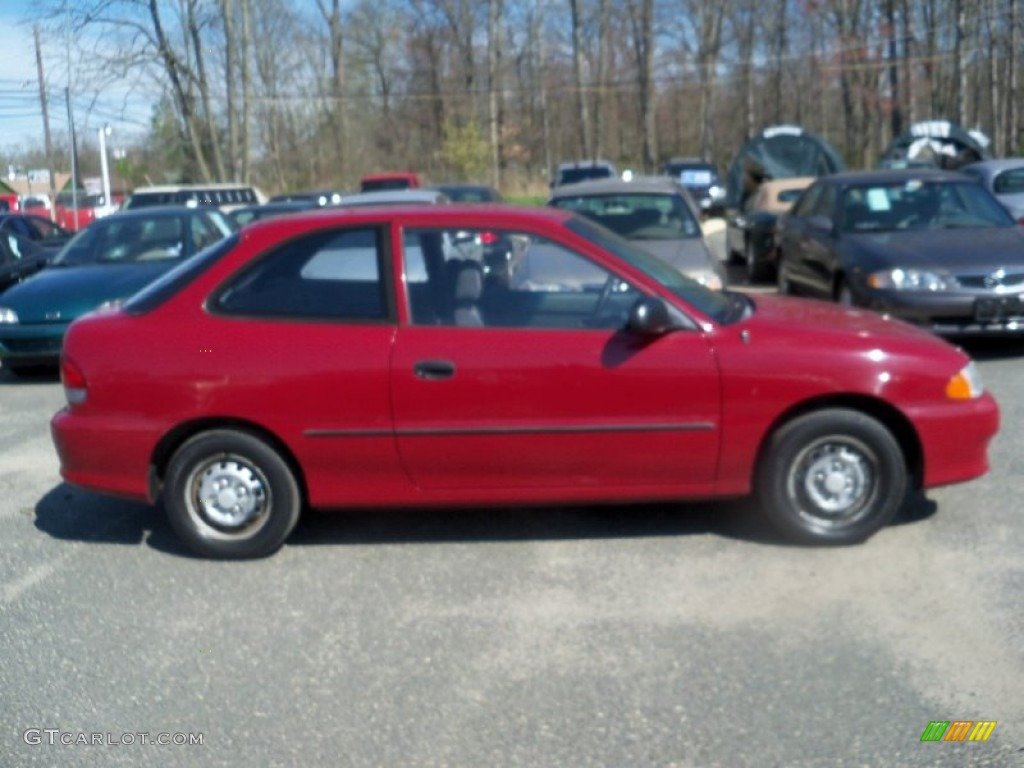 1999 Cherry Red Hyundai Accent L Coupe 63671357 Photo 2