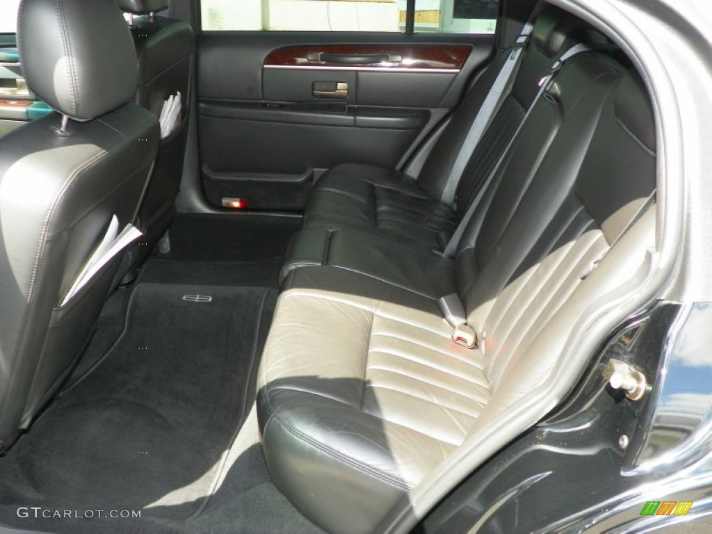 2009 lincoln town car executive l rear seat photo 63772356. Black Bedroom Furniture Sets. Home Design Ideas