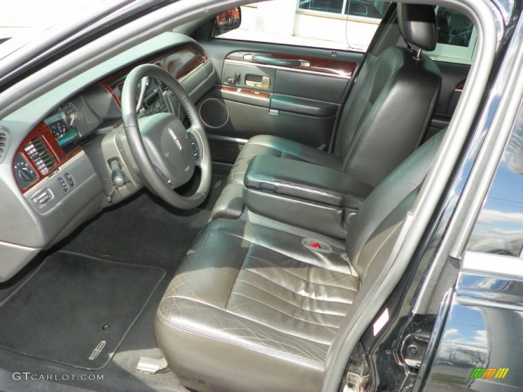 2009 lincoln town car executive l front seat photo 63772365. Black Bedroom Furniture Sets. Home Design Ideas