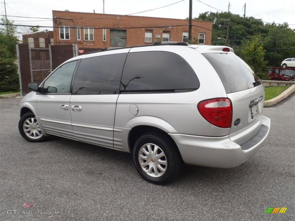 bright silver metallic 2002 chrysler town country lxi awd exterior photo 63813022. Black Bedroom Furniture Sets. Home Design Ideas