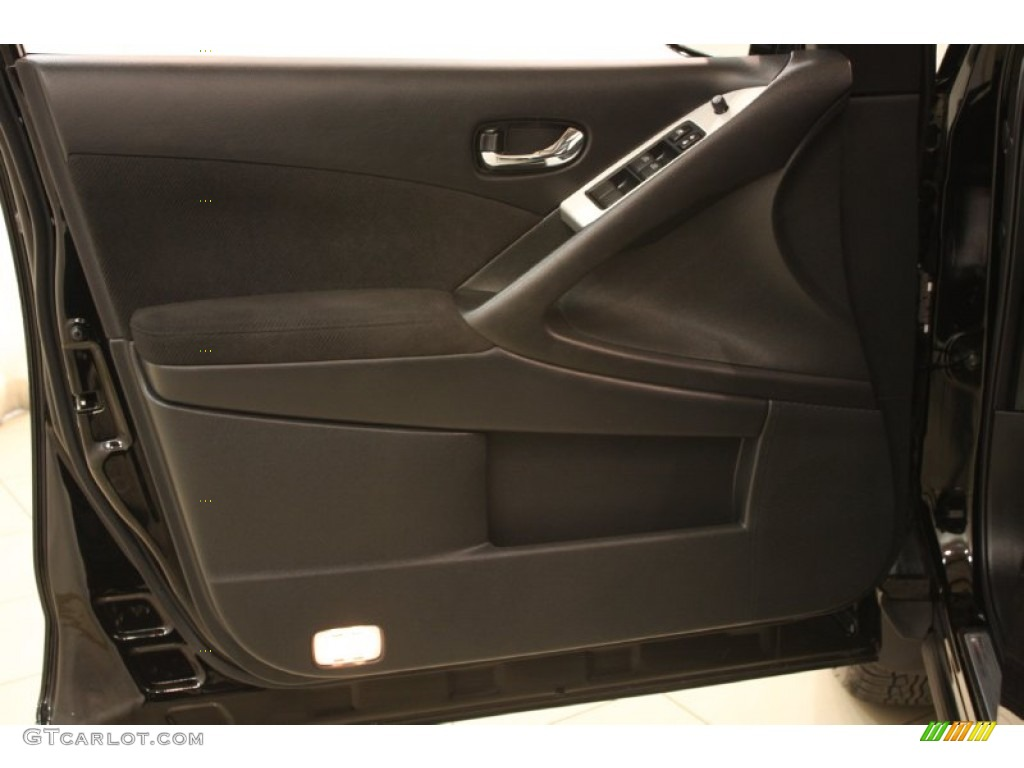 2011 Murano SV AWD - Super Black / Black photo #5