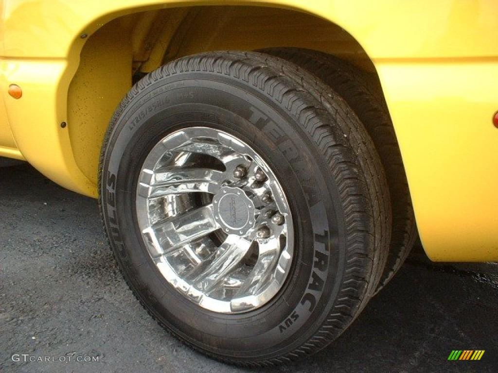 2002 Chevrolet Silverado 3500 LT Extended Cab Dually Custom Wheels Photo #63856918